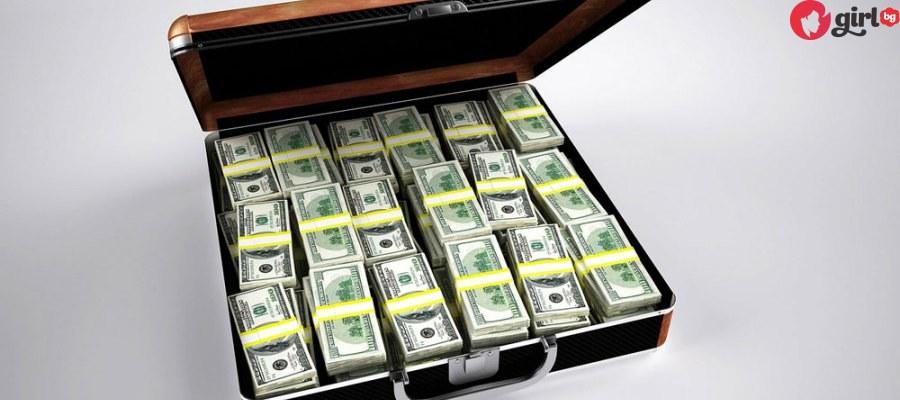 Ето колко пари трябва да получавате на месец, за да се водите богати в България!