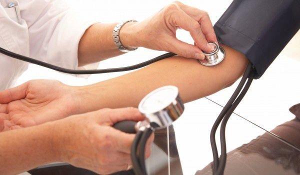 Ето как да нормализирате ускорен пулс и прескачане на сърцето само за минута и то без лекарства