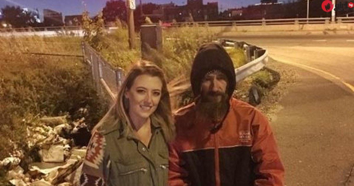 Бездомник даде единствените си 20 долара на жена в беда, но после се случи нещо неочаквано!