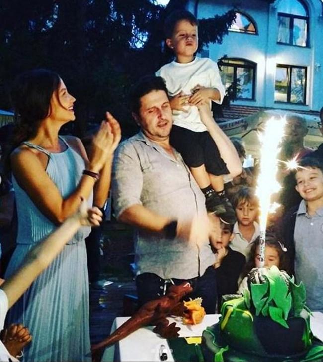 Диляна Попова и Асен Блатечки направиха парти за сина си