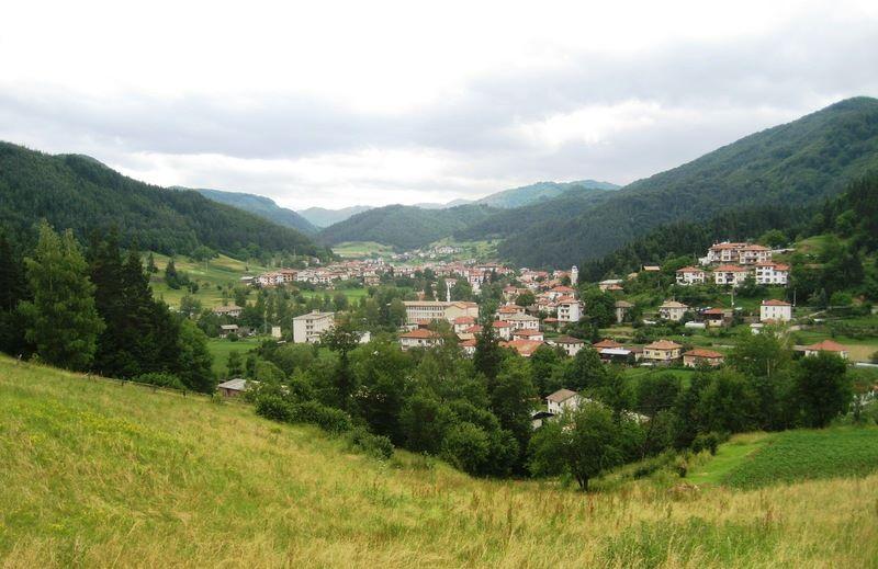 Село Смилян – пазител на времето, традициите и мястото на най-вкусния фасул в България (СНИМКИ)