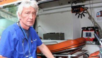 """Д-р Йорданов от """"Последната линейка..."""" сам вика спешна помощ, но умира от кръвоизлив"""
