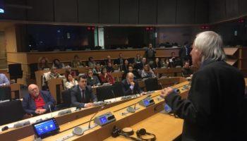 Евродепутати гледат и слушат Тео в Брюксел /снимки/